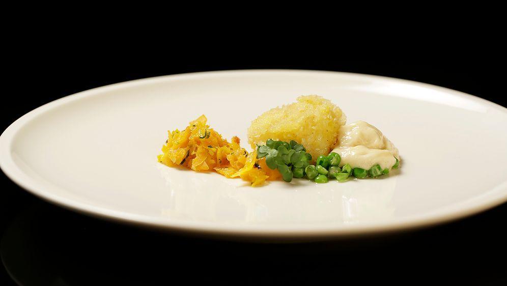 Fischstäbchen vom Kabeljau mit Gemüse - Bildquelle: SAT.1
