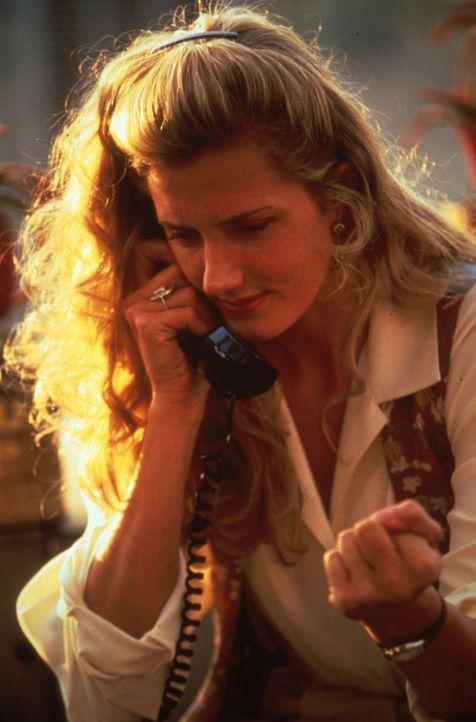 Drehbuch-Lektorin Cathy (Joely Richardson) weiß nicht recht, ob sie sich auf eine Beziehung mit Matt einlassen soll ... - Bildquelle: Columbia Pictures