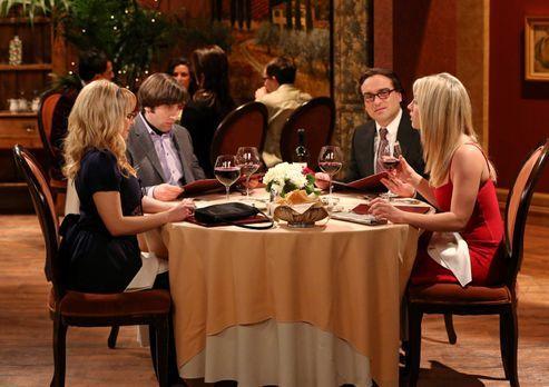 The Big Bang Theory - Ein ganz besonderer Valentinstag: Leonard (Johnny Galec...