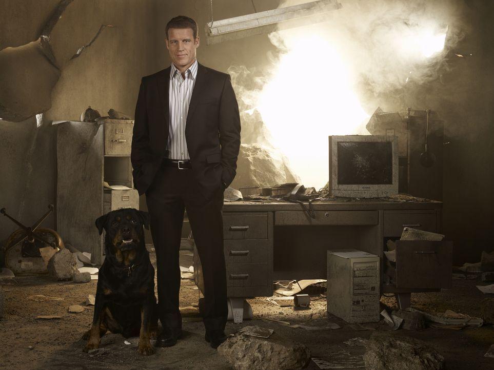 (1. Staffel) - Christopher Chance (Mark Valley) ist ein einzigartiger Bodyguard, der sein Leben hinter das der anderen stellt ... - Bildquelle: Warner Brothers