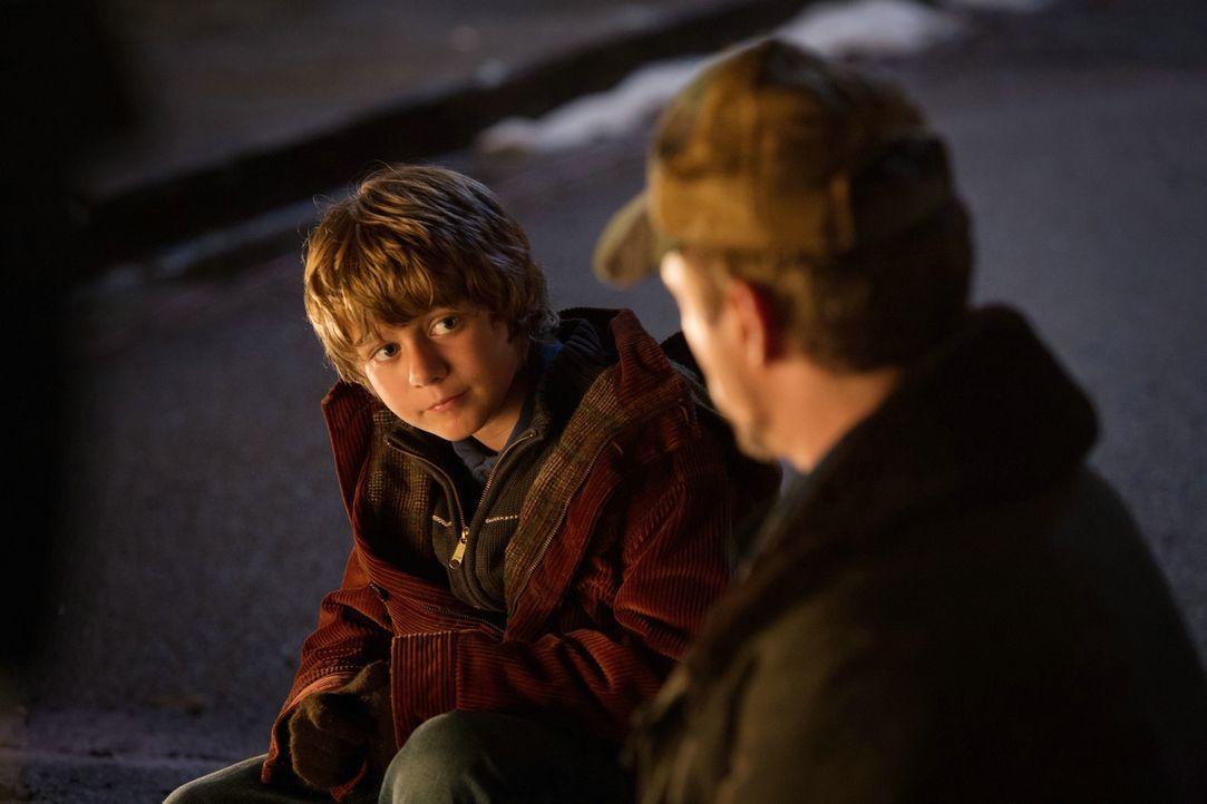 Der junge Harley (Ty Simpkins) ist Tonys einzige Hilfe, als dieser sich zurückziehen muss ... - Bildquelle: TM &   2013 Marvel & Subs. All Rights Reserved.