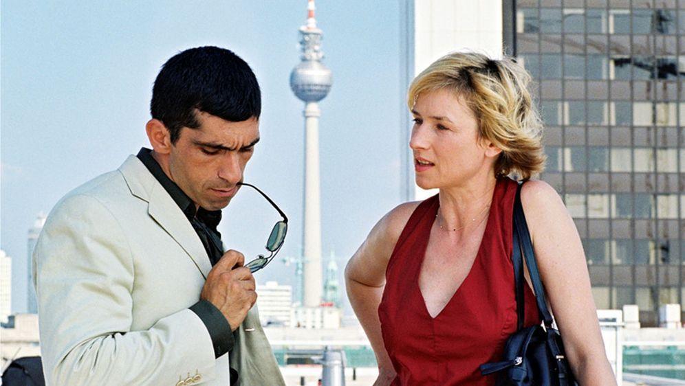 Blond: Eva Blond! - Der Mörder spricht das Urteil - Bildquelle: 02.08.2013 •  21:00 Uhr