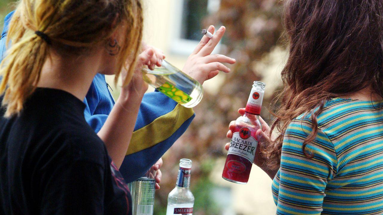 vorsaetze-neues-jahr-alkohol-jugendliche-04-05-07-dpa