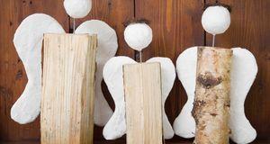 Weihnachtlich und kunstvoll: Weihnachtsengel aus Holz. Das Naturmaterial brin...