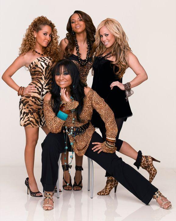 """Machen sich auf, Spanien zu erobern: die """"Cheetah Girls"""" (v.l.n.r.) Chanel (Adrienne Bailon), Galleria (Raven), Aqua (Kiely Williams) und Dorinda (S... - Bildquelle: Buena Vista International Television"""