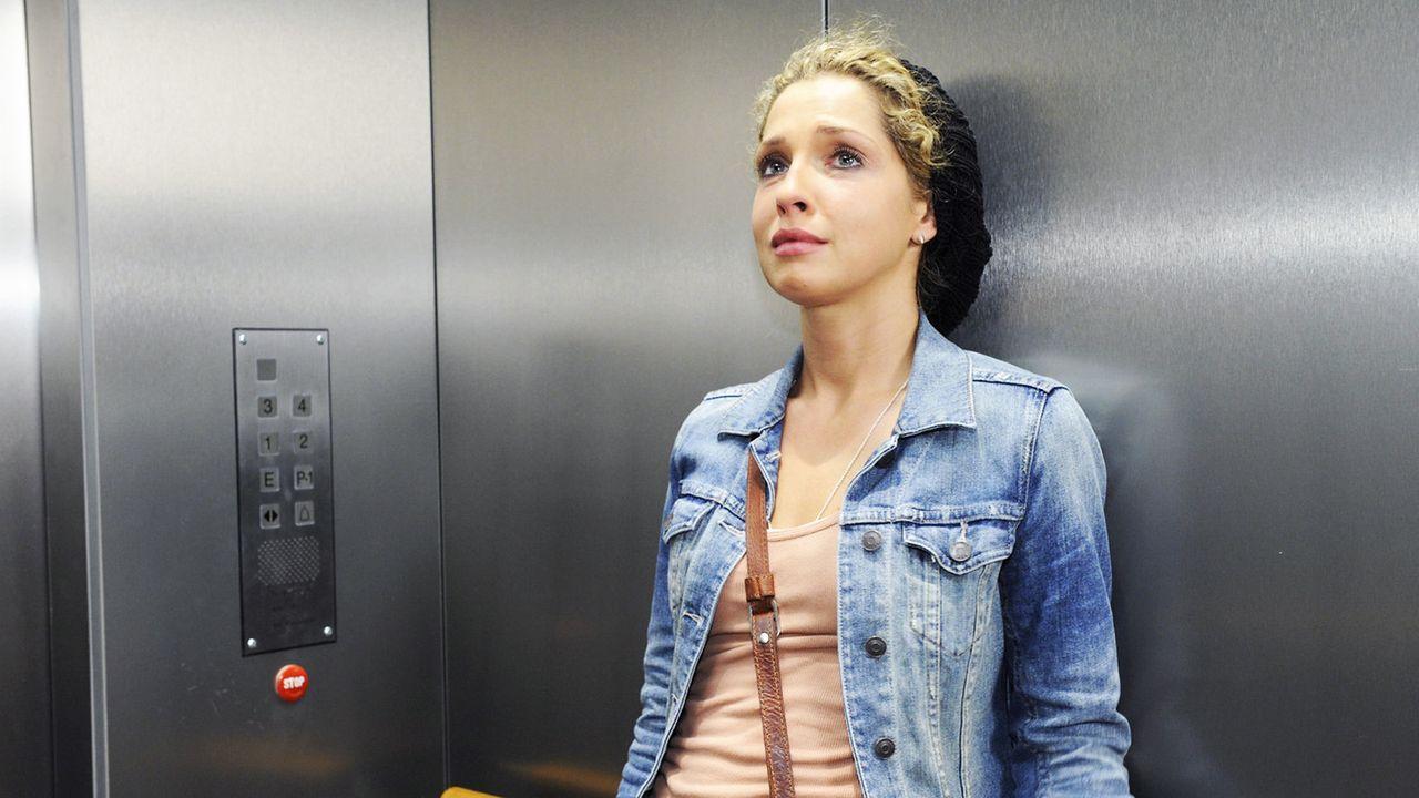 Anna-und-die-Liebe-Folge-795-02-Sat1-Claudius-Pflug - Bildquelle: SAT.1/Claudius Pflug