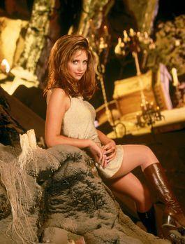 Buffy - (1. Staffel) - Nach einem Hexen-Ritual wird die Vampirjägerin Buffy (...