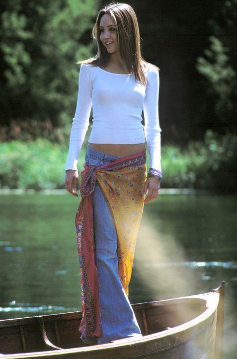 Als Lord Dashwood von Daphnes (Amanda Bynes) Existenz erfährt, bittet er sie, den Sommer mit ihm zu verbringen - zum Entsetzen seiner biestigen Ver... - Bildquelle: Warner Bros.