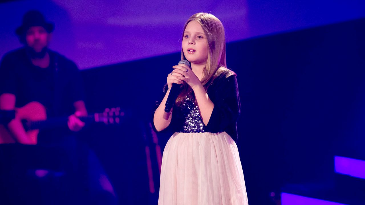 The-Voice-Kids-s01e01-Aulona-008T - Bildquelle: SAT.1/Richard Hübner