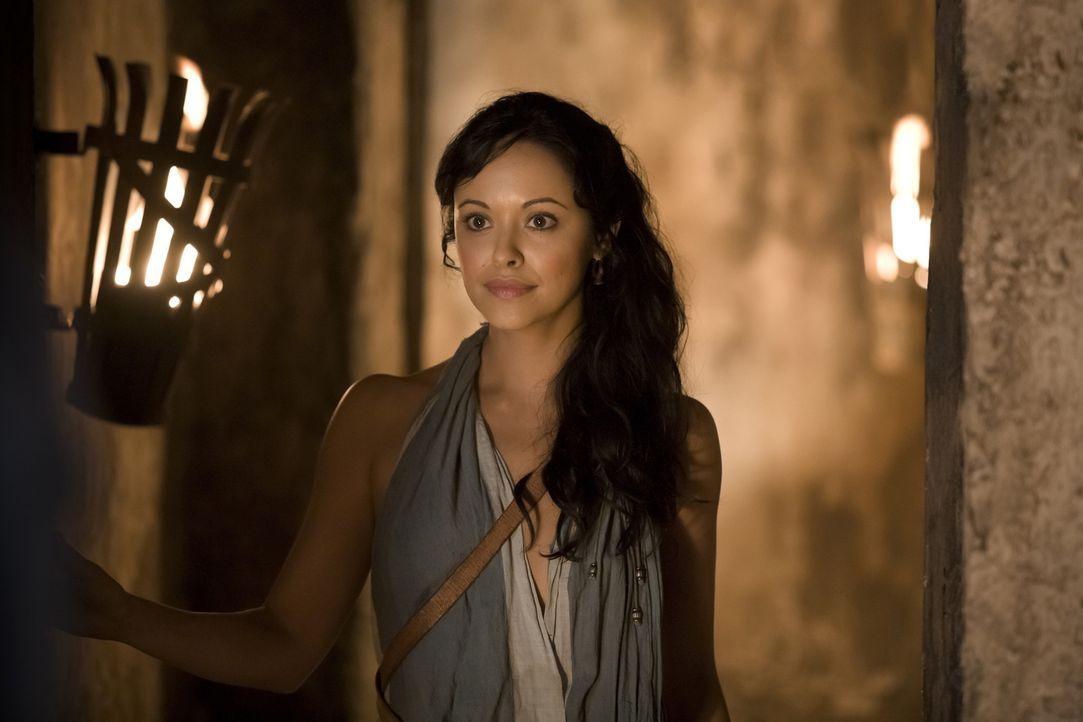 Während Batiatus einen hinterlistigen Plan ersinnt, um seine Stellung in Capua zu festigen, muss Melissa (Marisa Ramirez) einiges über sich ergehe... - Bildquelle: 2010 Starz Entertainment, LLC