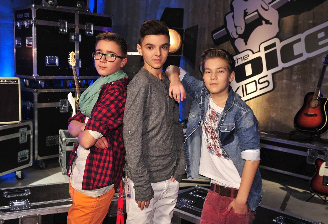 The-Voice-Kids-Stf02-Epi06-Stepan-Theodore-Noah-163-SAT1-Andre-Kowalski - Bildquelle: SAT.1/Andre Kowalski