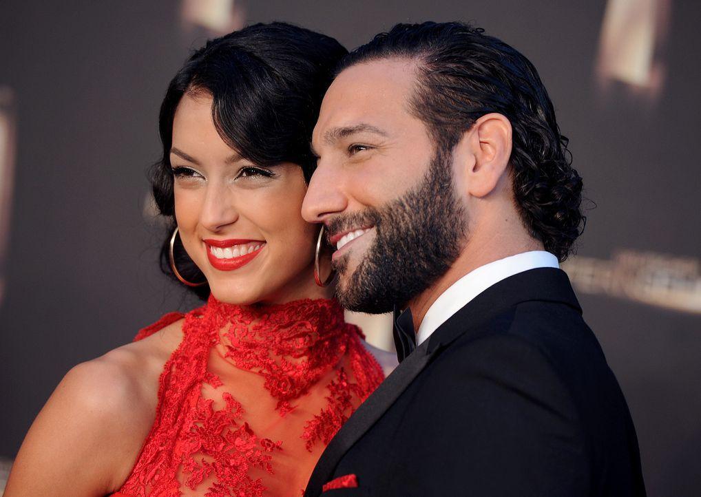 Deutscher-Fernsehpreis-Rebecca-Mir-Massimo-Sinato1-13-10-02-dpa - Bildquelle: dpa