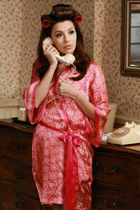 Gabrielle (Eva Longoria) besucht auf Rat ihrer Therapeutin ihren Heimatort in Texas, um am Grab ihres Stiefvaters mit dem Missbrauch in ihrer Kindhe... - Bildquelle: ABC Studios