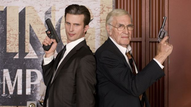 Joe (Martin Landau, r.) will das Zeugenschutzprogramm verlassen. Kann ihn Mar...