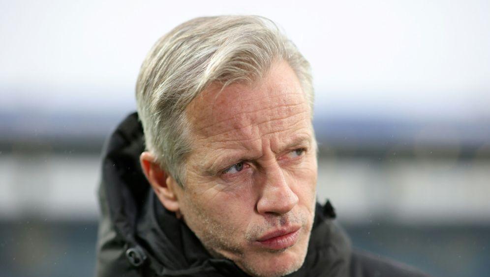 Trotz Platz vier: Jens Keller musste überraschend gehen - Bildquelle: FIROFIROSID