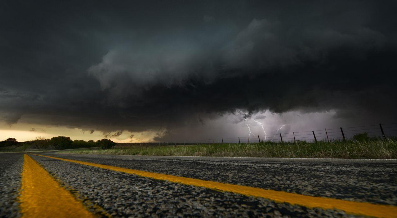 Je größer desto besser: Die Tornado Hunter sind immer auf der Suche nach neuen, spektakulären und gigantischen Stürmen ...
