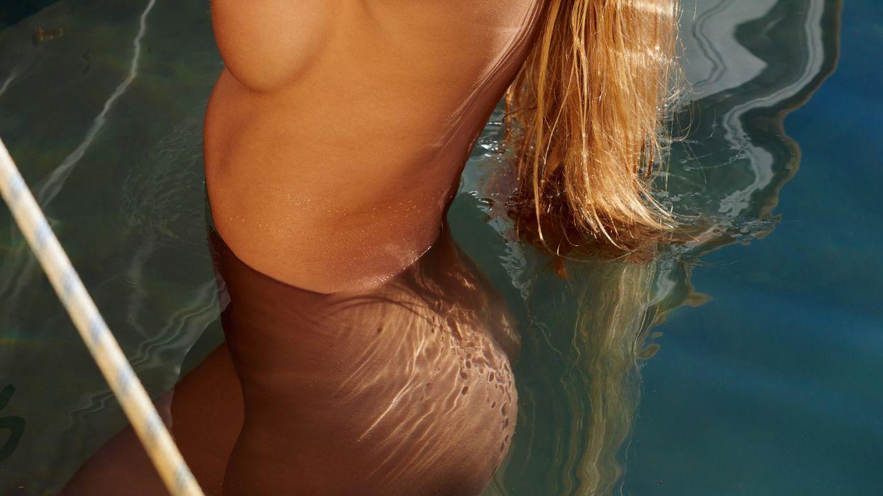 Alicia-Büchel-5 - Bildquelle: Philip la Pepa für Playboy Dezember 2015