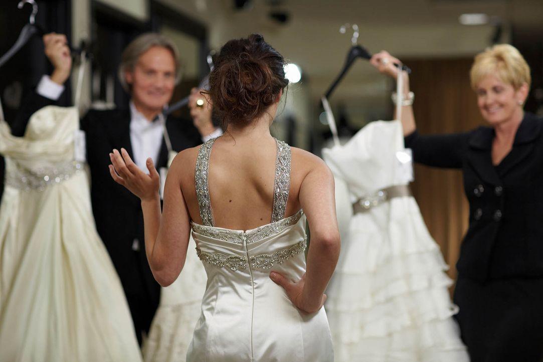 """Lori Allen (r.) und Monte Durham (l.) wollen in """"Mein perfektes Hochzeitskleid! - Atlanta!"""" ihren Kundinnen zum Traumoutfit für den schönsten Tag ih... - Bildquelle: TLC & Discovery Communications"""