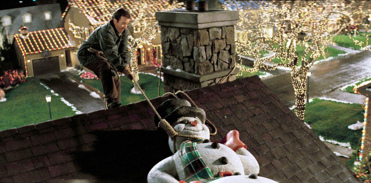 Da Tochter Blair jetzt doch an Weihnachten nach Hause kommt, müssen die Kranks ihre Kreuzfahrt kurzerhand absagen und das Haus weihnachtlich schmü... - Bildquelle: 2004 Revolution Studios Distribution Company, LLC. All Rights Reserved.