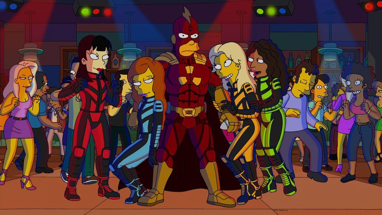"""Schon lange hat Homer darauf gewartet, dass der Film """"Radioactive Man Re-Rises"""" in die Kinos kommt. Doch als er den Streifen im lokalen Kino ansieht... - Bildquelle: 2013 Twentieth Century Fox Film Corporation. All rights reserved."""