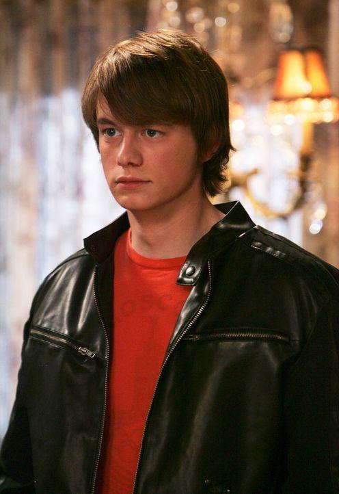 Ned (Christopher Sanders) hat es schwer erwischt. Er hat sich in Lisa Benton verliebt. Allerdings scheint Lisa ein dunkles Geheimnis zu umgeben ... - Bildquelle: ABC Studios