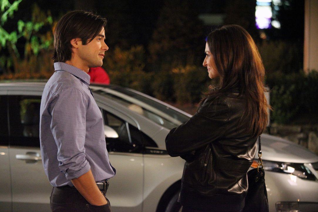 Haben die beiden eine Chance auf eine gemeinsame Zukunft? Amelia (Caterina Scorsone, r.) und James (Matt Long, l.) ... - Bildquelle: ABC Studios