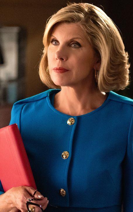 Diane (Christine Baranski, r.) überlegt, welche ihrer Klienten sie mit in die neue Firma nehmen kann ... - Bildquelle: Jeff Neumann 2014 CBS Broadcasting Inc. All Rights Reserved.