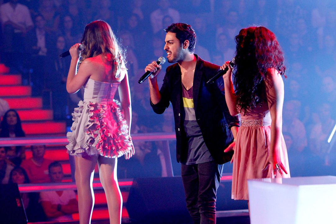 battle-iveta-vs-omid-vs-mari-16-the-voice-of-germany-richard-huebnerjpg 1700 x 1134 - Bildquelle: SAT.1/ProSieben/Richard Hübner