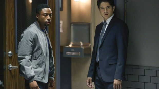 Rush Hour - Rush Hour - Staffel 1 Episode 5: Angriff Auf Revier 7
