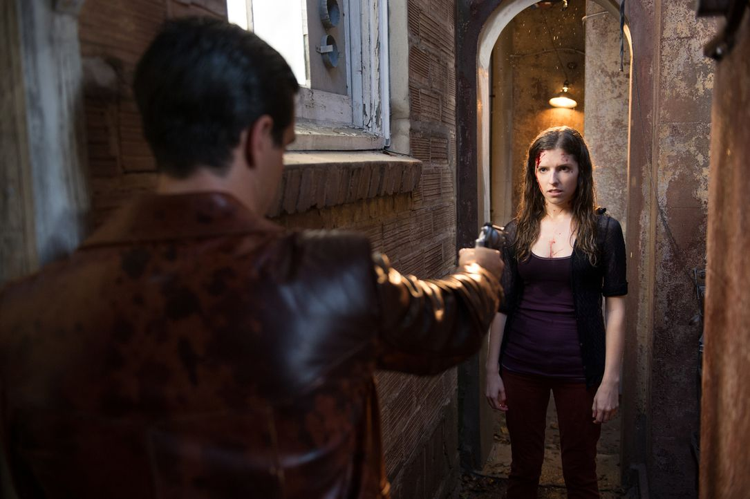 Ihre neue Beziehung zu dem ehemaligen Auftragsmörder Francis bringt Martha (Anna Kendrick) in einige gefährliche Situationen ... - Bildquelle: Wild Bunch
