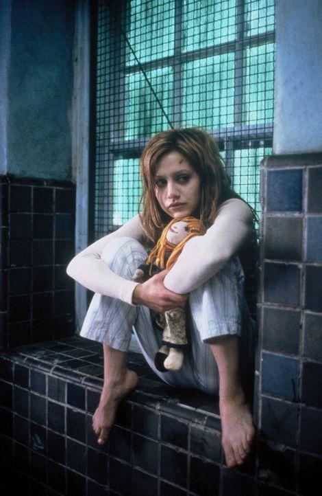 Eines Tages wird eine stark traumatisierte Patientin (Brittany Murphy) in eine psychiatrische Klinik eingeliefert. Die junge Frau erzählt den Ärzt... - Bildquelle: 20th Century Fox Film Corporation
