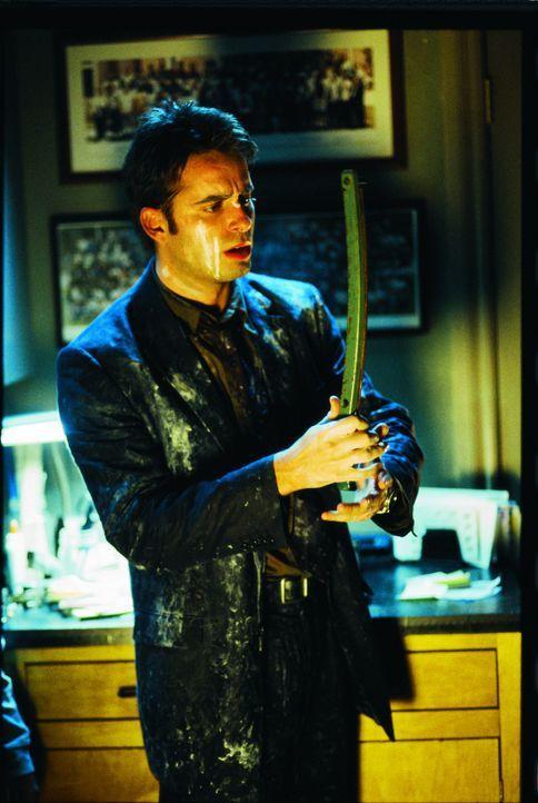 Cop Klusky (Bruno Campos) ist fest entschlossen, die mehrbeinigen Monster ein für allemal zu beseitigen ... - Bildquelle: Miramax Films