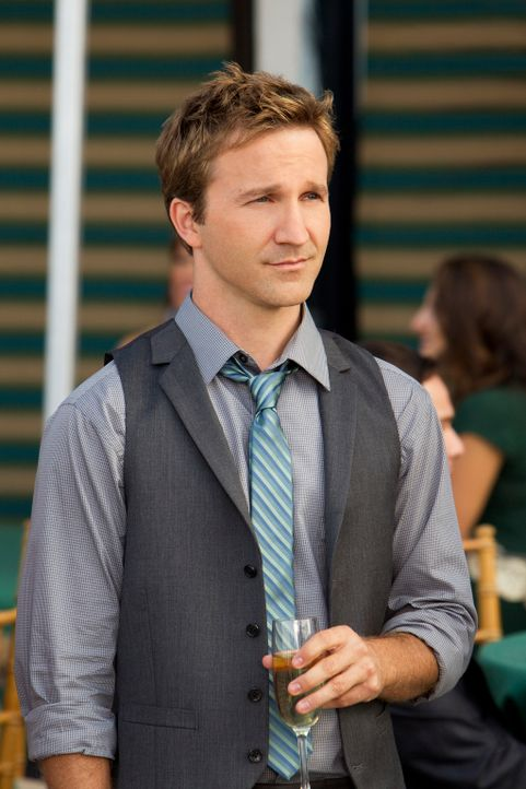 Ist mit den chinesischen Sitten und Gebräuchen nicht sonderlich gut vertraut: der smarte Anwalt Franklin (Breckin Meyer) ... - Bildquelle: 2011 Sony Pictures Television Inc. All Rights Reserved.