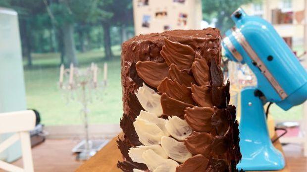 "Turm aus Schokolade - My-Hiens ""Chocolate Is In The Air"""