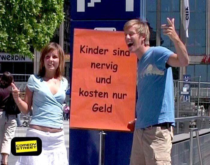 comedystreet-st-04-epi-01-grab-simon-gosejohann-06-prosiebenjpg 700 x 550 - Bildquelle: Guido Ohlenbostel ProSieben