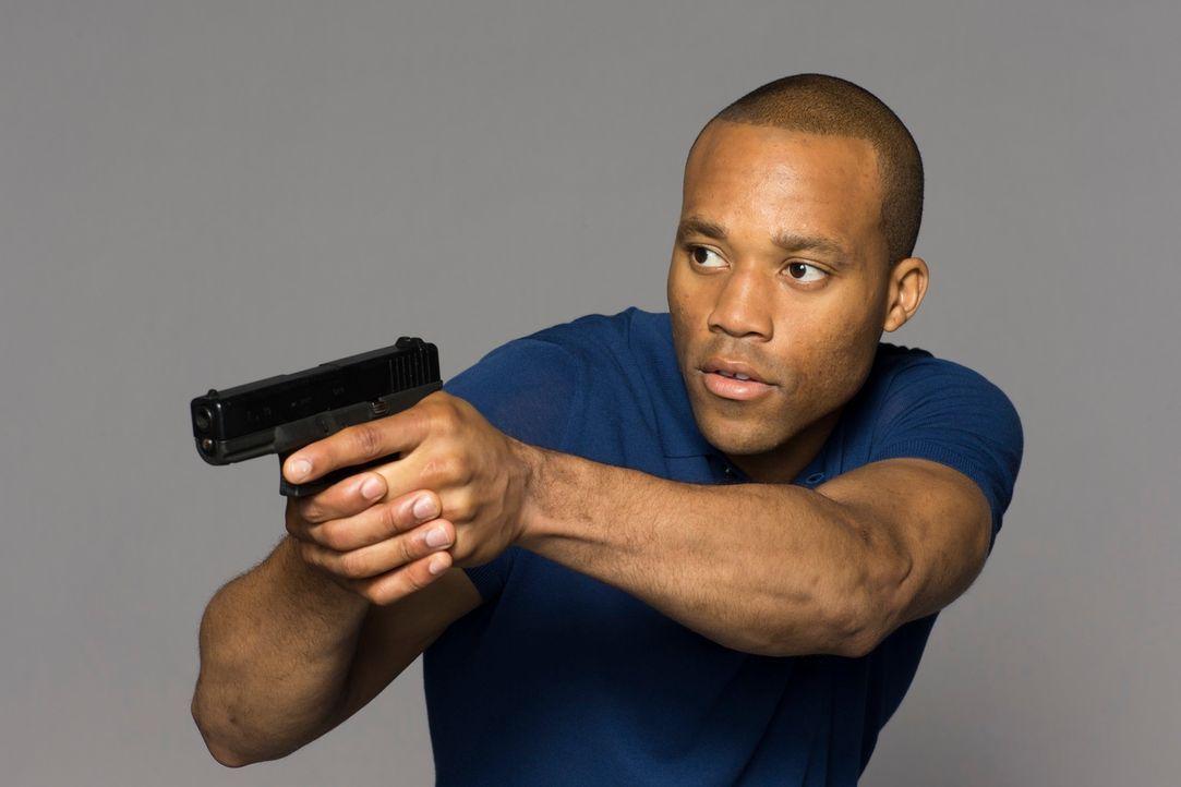 (1. Staffel) - Bei Daniel Price (Dwain Murphy) handelt es sich um eines der handverlesenen Mitglieder der elitären Covert Investigations Unit (CIU)... - Bildquelle: Jan Thijs 2013 Muse Entertainment / Back Alley Film Productions
