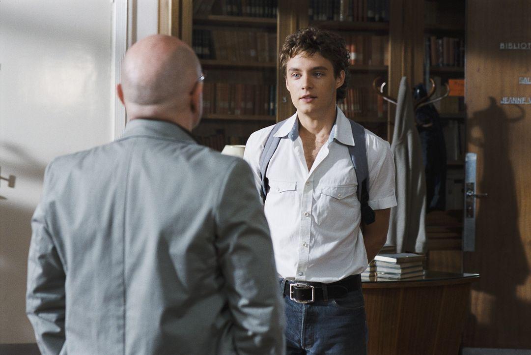 Noch ahnt Lucas (Théo Frilet) nicht, dass ausgerechnet sein verhasster Lehrer Martineau der Schlüssel in sein neues Leben ist ...