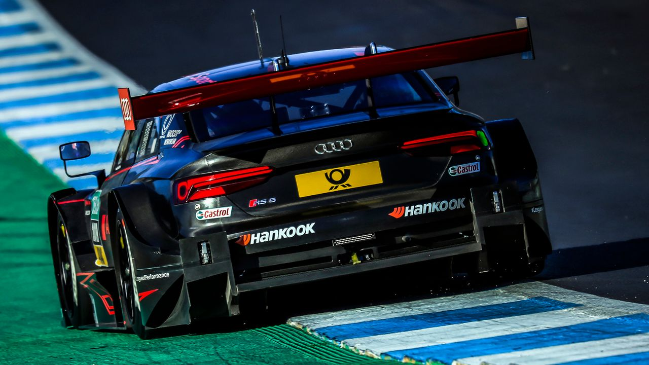 Turbo-Ära: Die neuen DTM-Autos von Audi und BMW - Bildquelle: Audi Communications Motorsport //Paulo Maria / INTERSLIDE, free of charge for press purpose only. If you need pictures for other