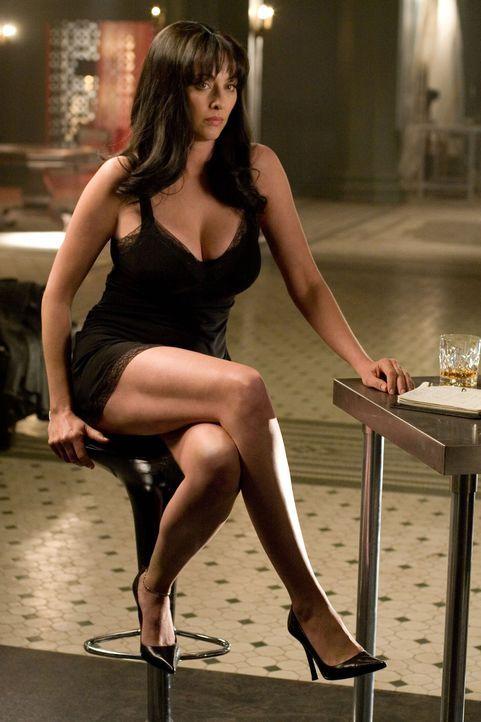 Fiktion oder Wirklichkeit: die mysteriöse Femme Fatale Fabrizia (Virginia Madsen) ... - Bildquelle: 2007 Warner Brothers