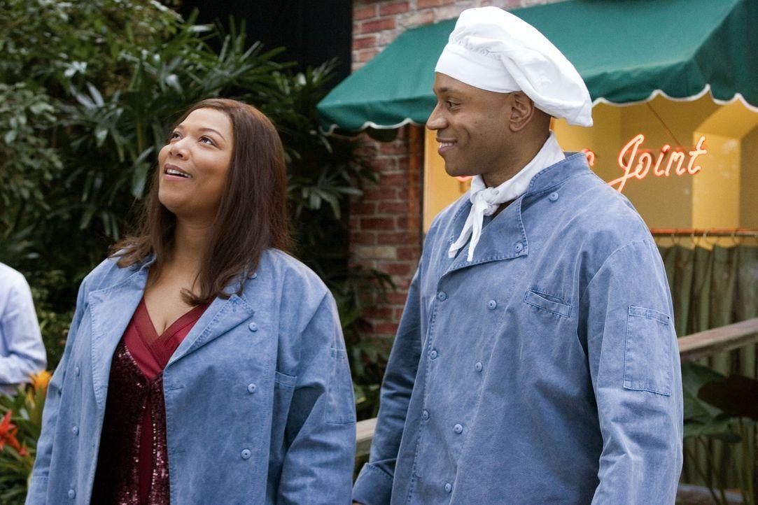 Traum oder Wirklichkeit? Georgia Byrd (Queen Latifah, l.) und Sean Matthews (LL Cool J, r.) eröffnen ein eigenes Restaurant ... - Bildquelle: 2006 by PARAMOUNT PICTURES. All Rights Reserved.