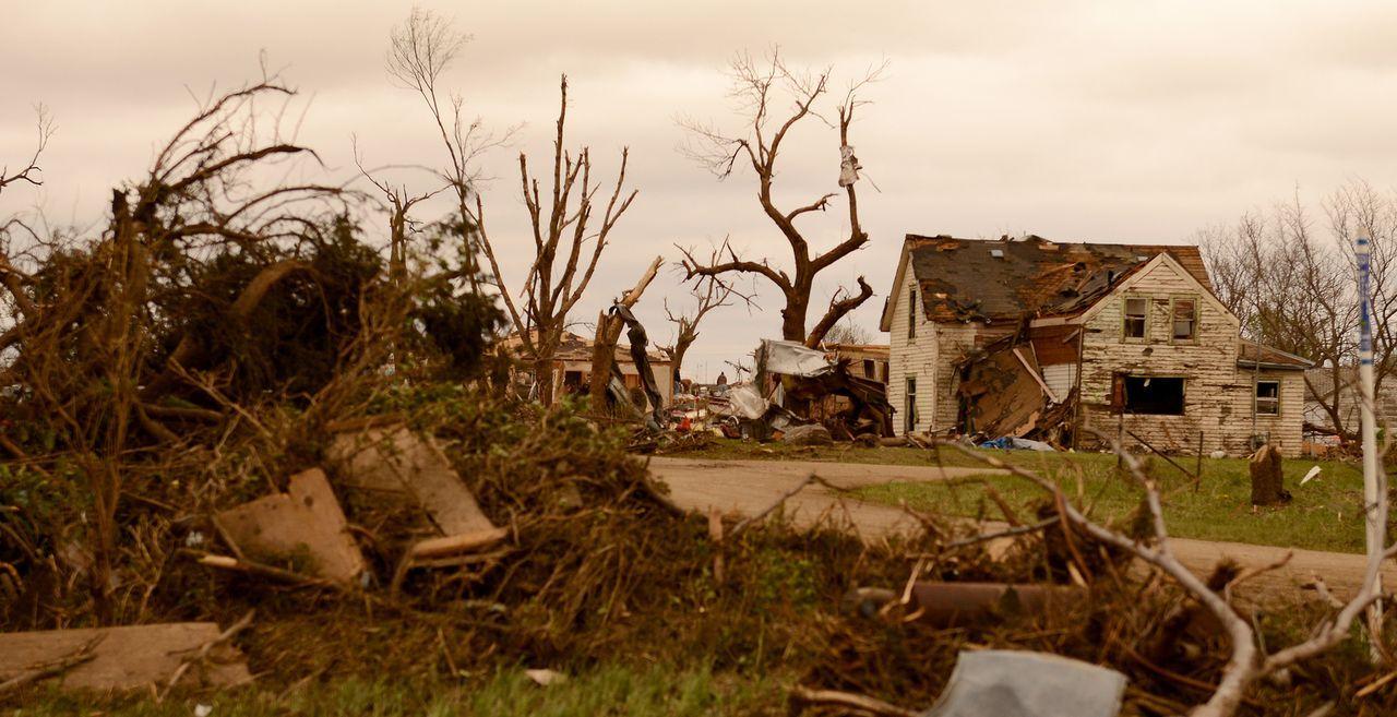 Tornados können ganze Existenzen vernichten und große Landstriche zerstören ...