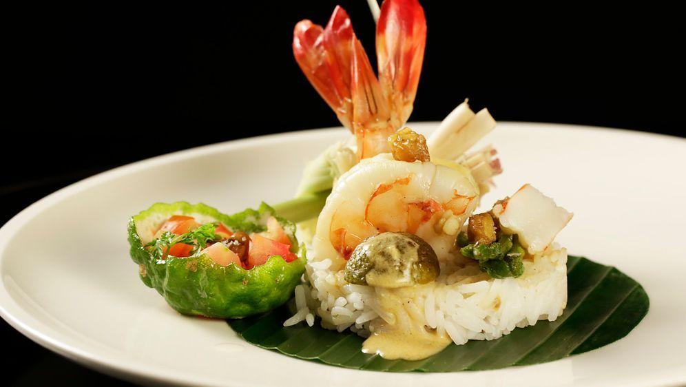Langostino-Curry mit Reis und Croûtons