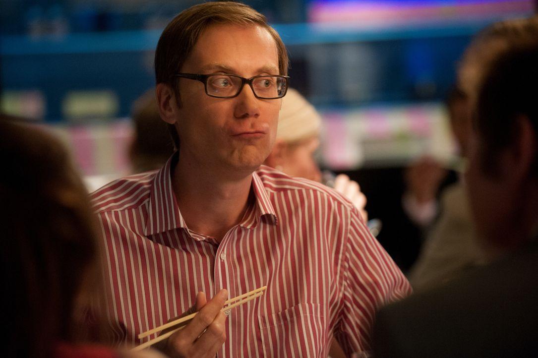 Auch Joshs bester Freund Danny (Stephen Merchant) glaubt nicht so recht an eine lange Beziehung ... - Bildquelle: Studiocanal GmbH