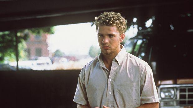 Als Kleinstadtganove Parker (Ryan Phillippe) die Leihmutter eines berühmten G...
