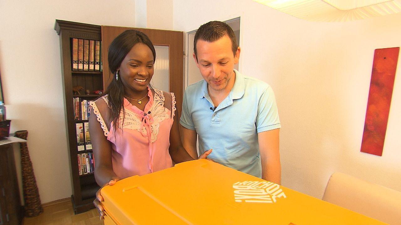 """Effie und Stefan kochen täglich, aber wie werden sie sich bei der """"Koch die Box""""-Challenge schlagen? - Bildquelle: kabel eins"""