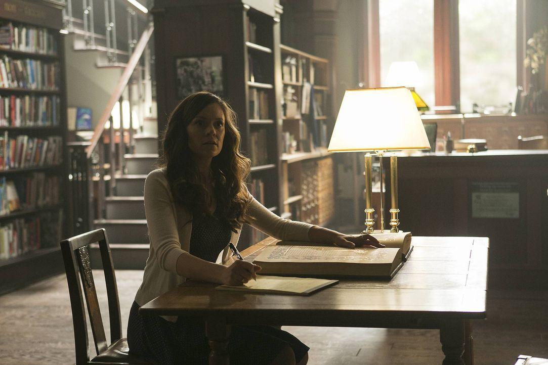 Erkennt Ingrid (Rachel Boston) zu spät, dass sie bei ihren Nachforschungen nicht alleine ist? - Bildquelle: 2014 Twentieth Century Fox Film Corporation. All rights reserved.