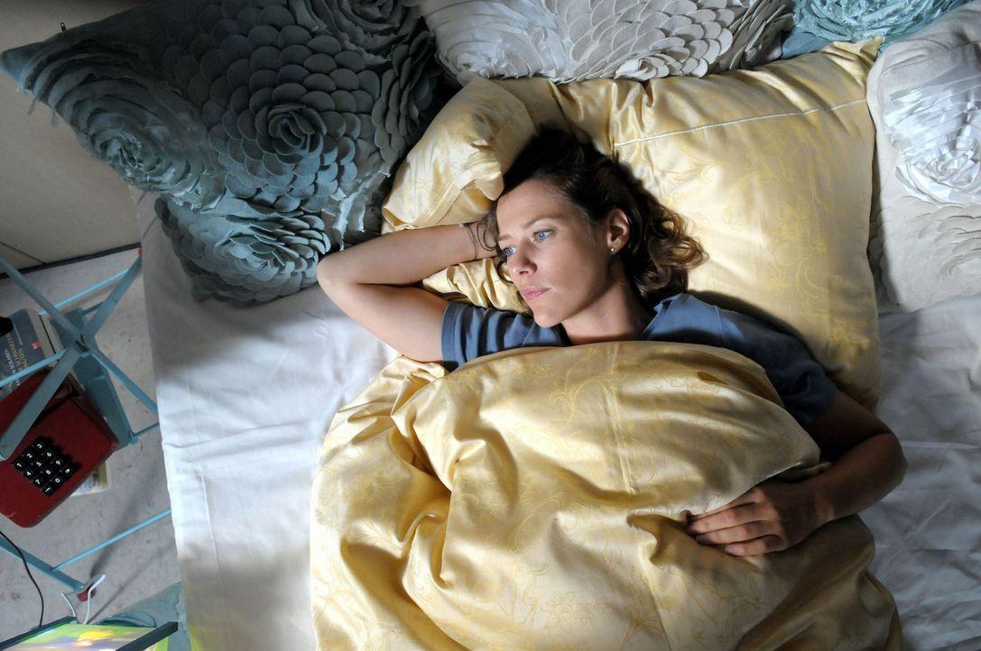 Nacht für Nacht rauben mörderische Gespenster aus ihrer Vergangenheit Anna (Alexandra Neldel) den Schlaf. Eines Tages erwacht eines dieser Monster... - Bildquelle: Christiane Pausch ProSieben