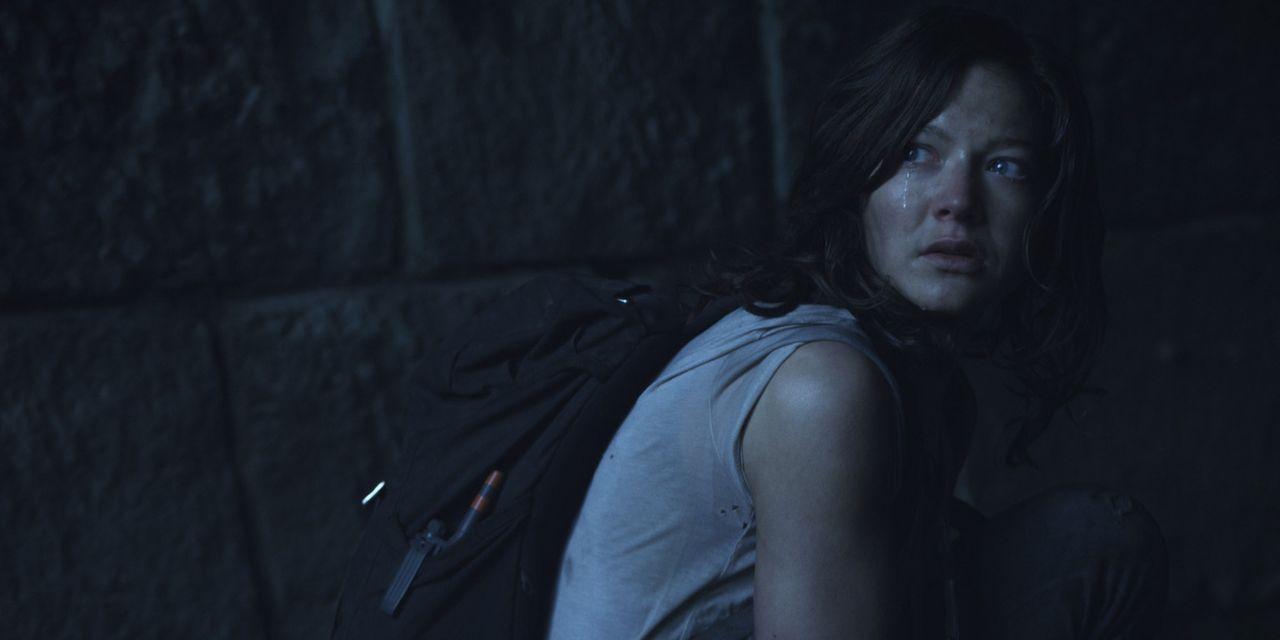 Auf der verzweifelten Suche nach dem Quartier der Entführer, trifft Marie (Hannah Herzsprung) auf eine alte Bäuerin, die sie zu ihrem versteckt ge... - Bildquelle: Caligari