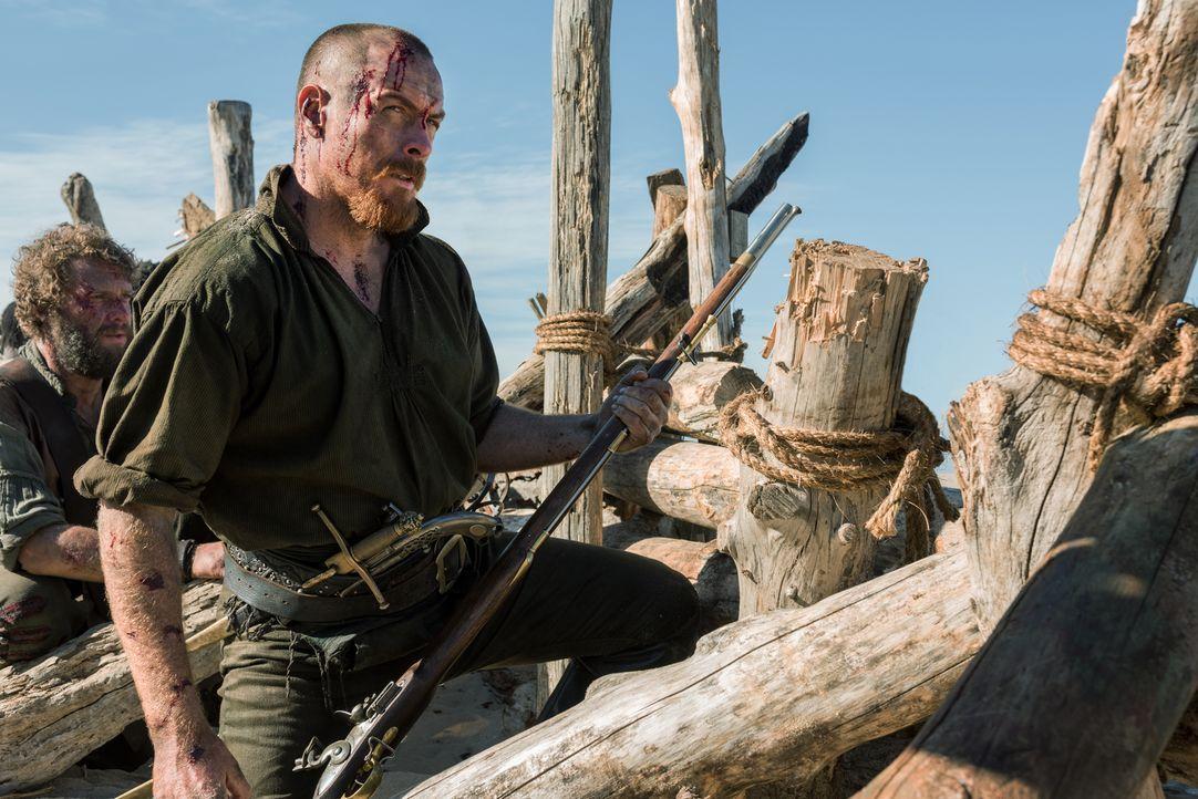 Hat eine Rechnung mit Captain Benjamin Hornigold offen: Captain Flint (Toby Stephens) ... - Bildquelle: David Bloomer 2016 Starz Entertainment, LLC. All Rights Reserved