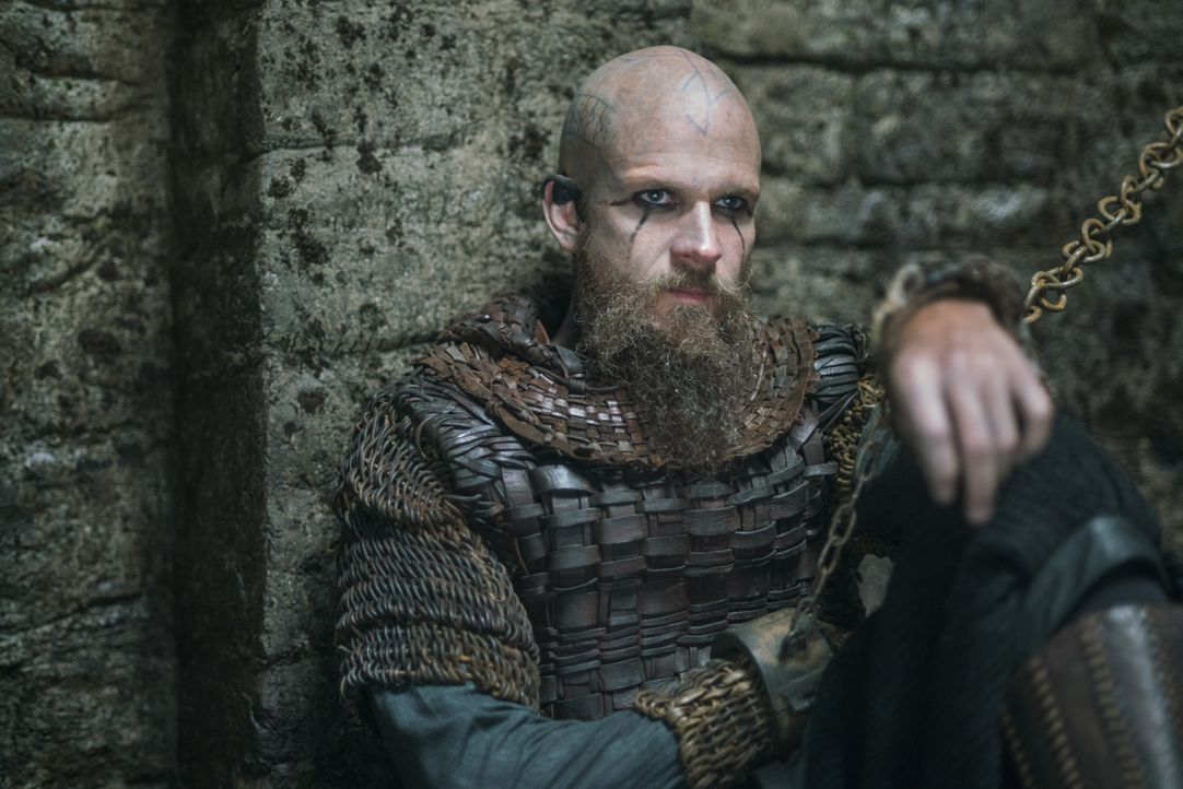 Was hat Rollo mit Bjorn, Floki (Gustaf Skarsgård) und den anderen Wikingern vor? - Bildquelle: 2016 TM PRODUCTIONS LIMITED / T5 VIKINGS III PRODUCTIONS INC. ALL RIGHTS RESERVED.